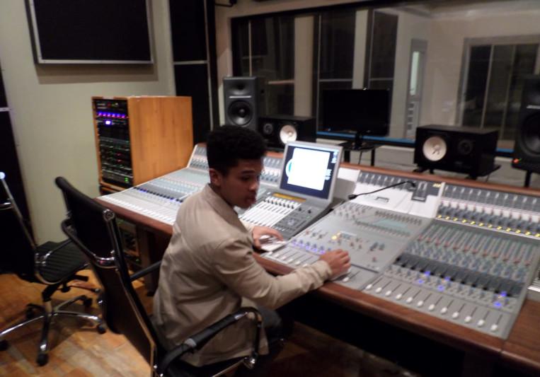 Mixing Engineer on SoundBetter