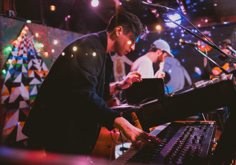 Ernesto Grey on SoundBetter