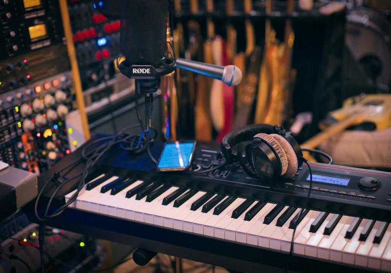 Tc-5 on SoundBetter