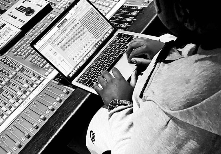 Scratch Mixed It on SoundBetter