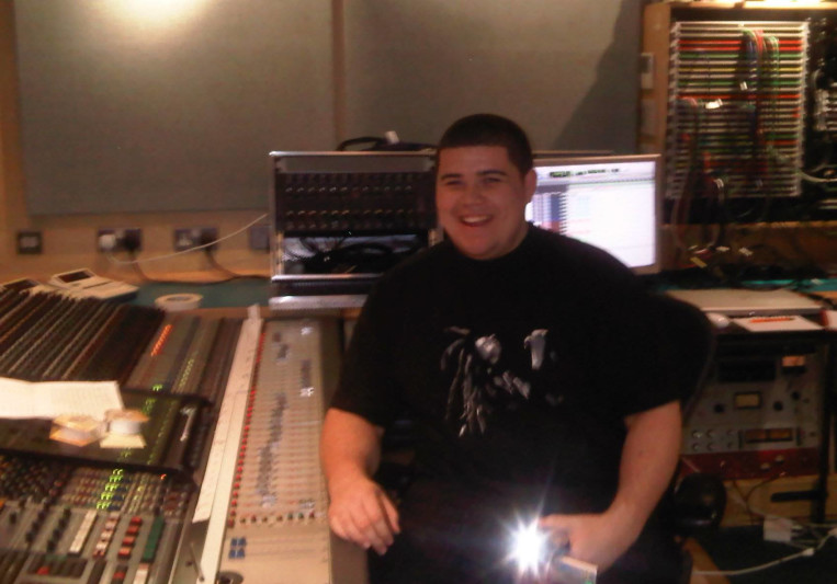 Alexander T on SoundBetter