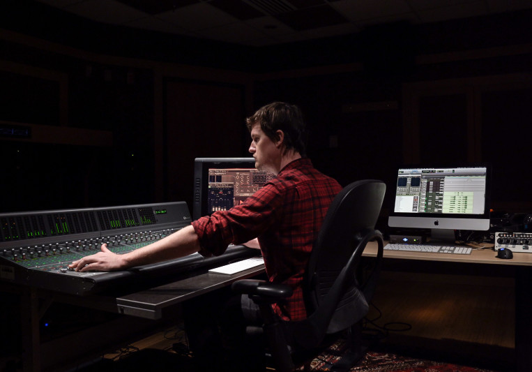 Sam Lowe on SoundBetter