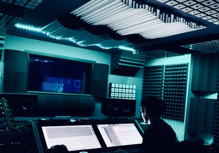 SAM BNK on SoundBetter