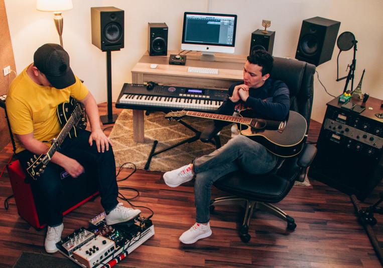 Moises Estrada on SoundBetter