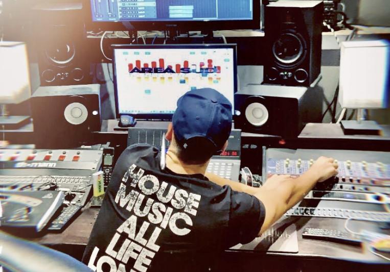 Andrea Guido on SoundBetter