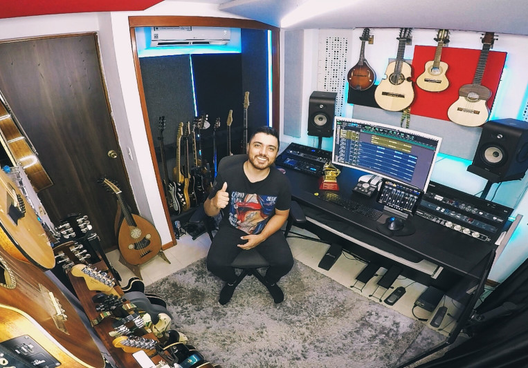 Daniel Uribe Colorado on SoundBetter
