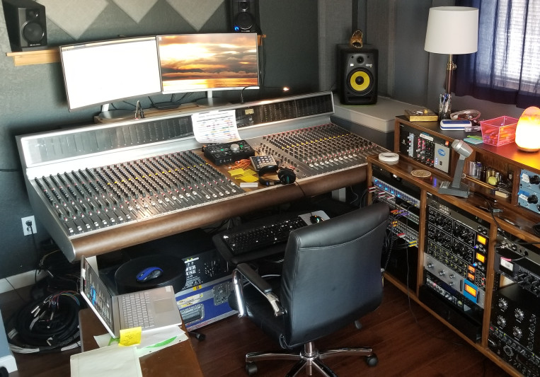 Leyden Studio on SoundBetter