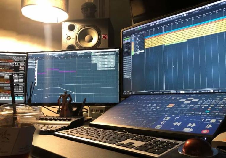 Avyosalgam on SoundBetter