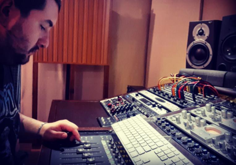 L. Scampamorte on SoundBetter
