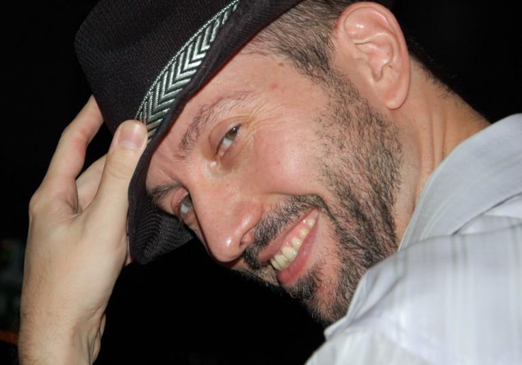 Ari Politi on SoundBetter