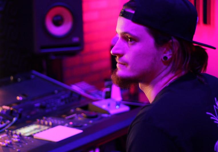 Jaime GoWell on SoundBetter