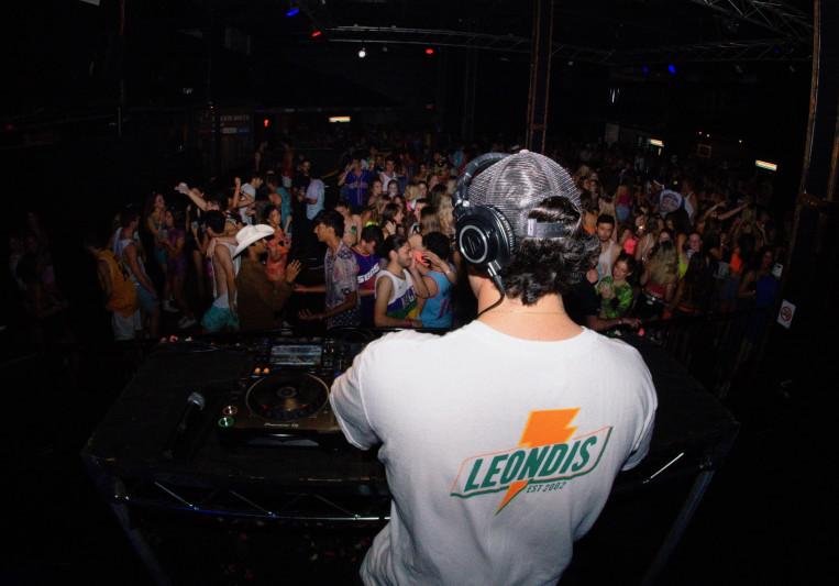Leondis on SoundBetter