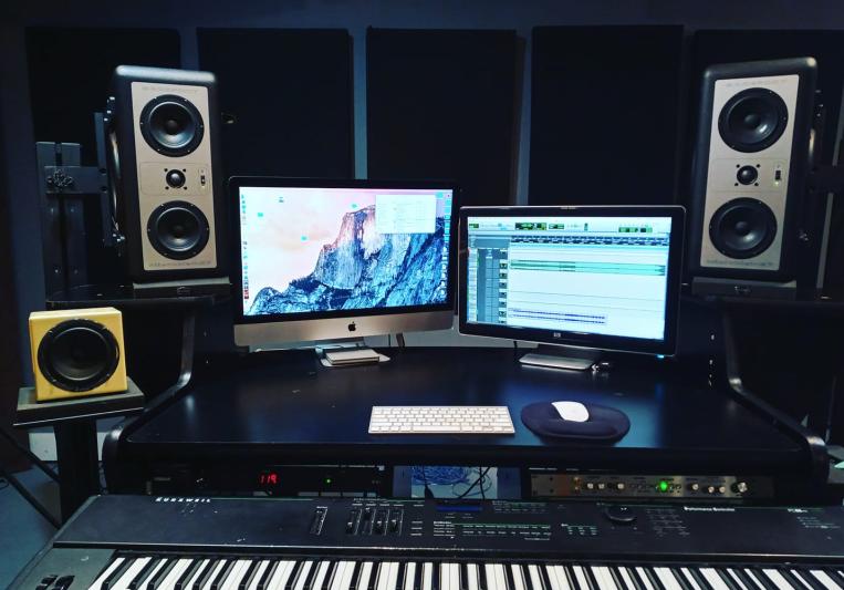 Ice On Titan (Josh Benash) on SoundBetter
