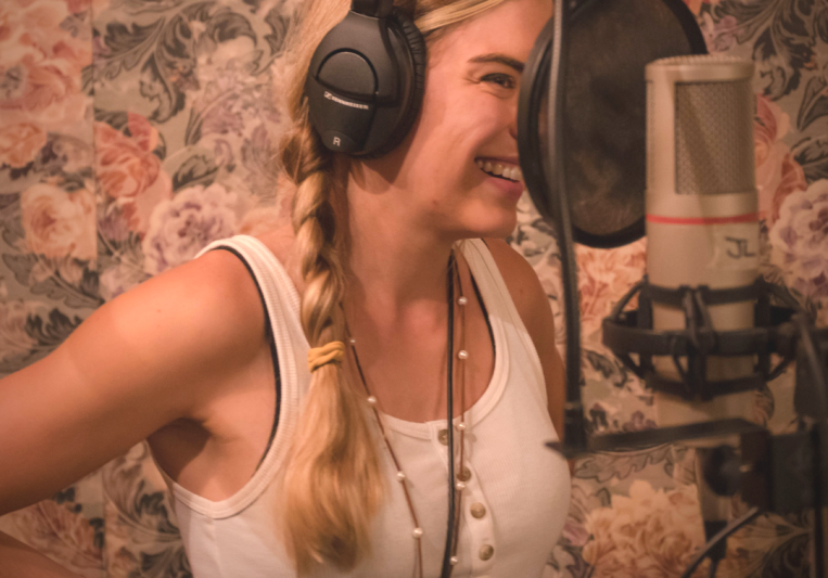Jessie Lynn Toups on SoundBetter