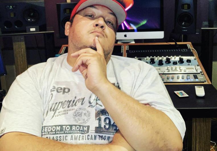 NeilT Music Studios on SoundBetter
