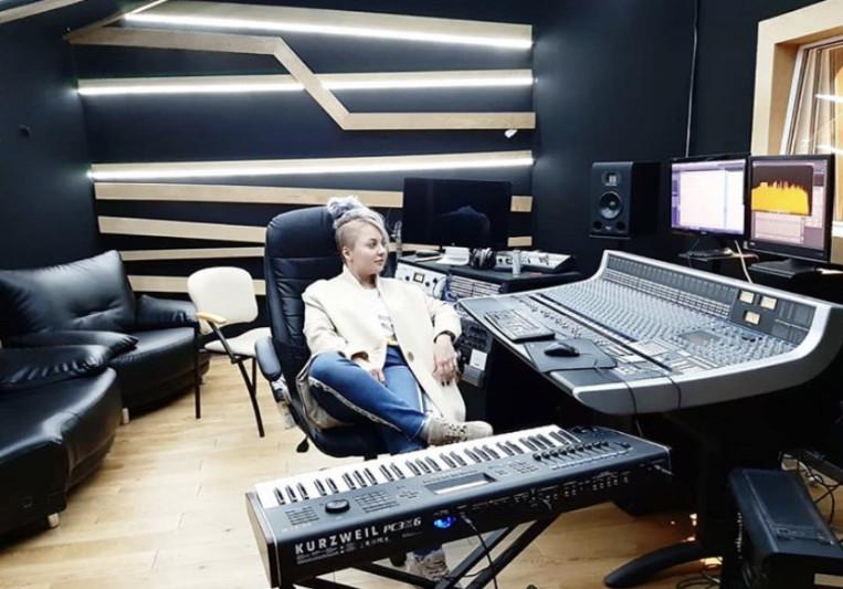 KiRA MAZUR on SoundBetter