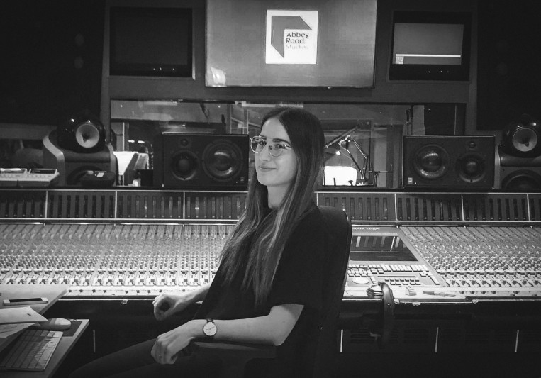 Amanda Merdzan on SoundBetter