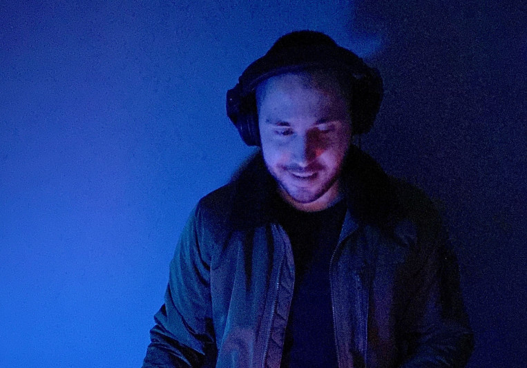 Raver James on SoundBetter