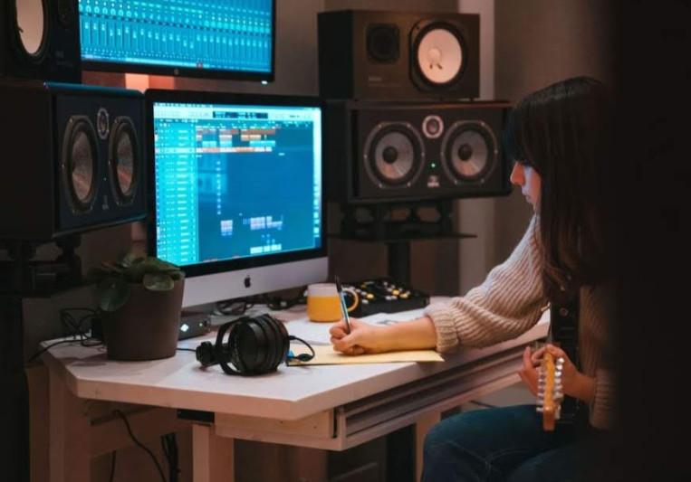 Francesca Edwards on SoundBetter