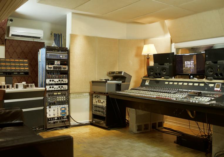 5th Street Studios on SoundBetter