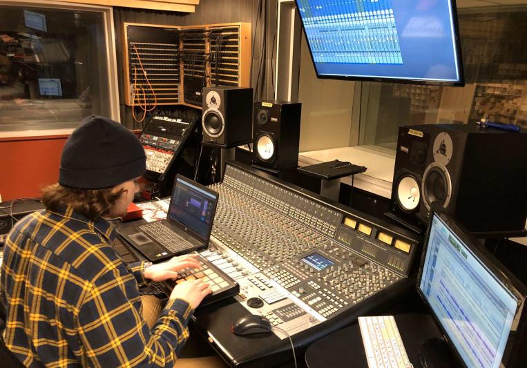 DJ Slava on SoundBetter