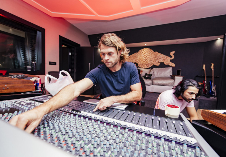 TAYLOR Soundworks on SoundBetter