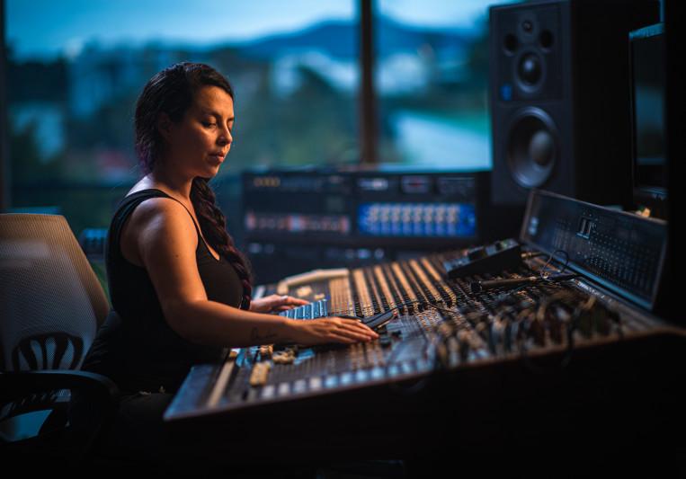 Andrea Arenas on SoundBetter
