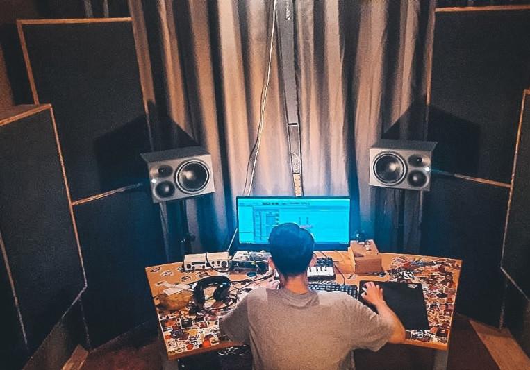Maksim on SoundBetter