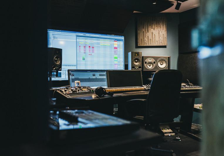 AK Production on SoundBetter