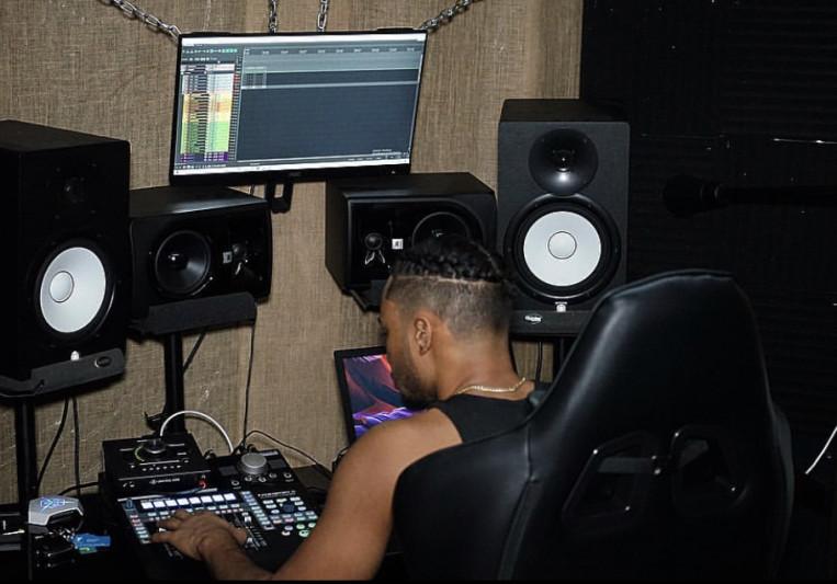 MixedByWavvo on SoundBetter