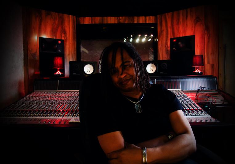 Iwan VanHetten on SoundBetter