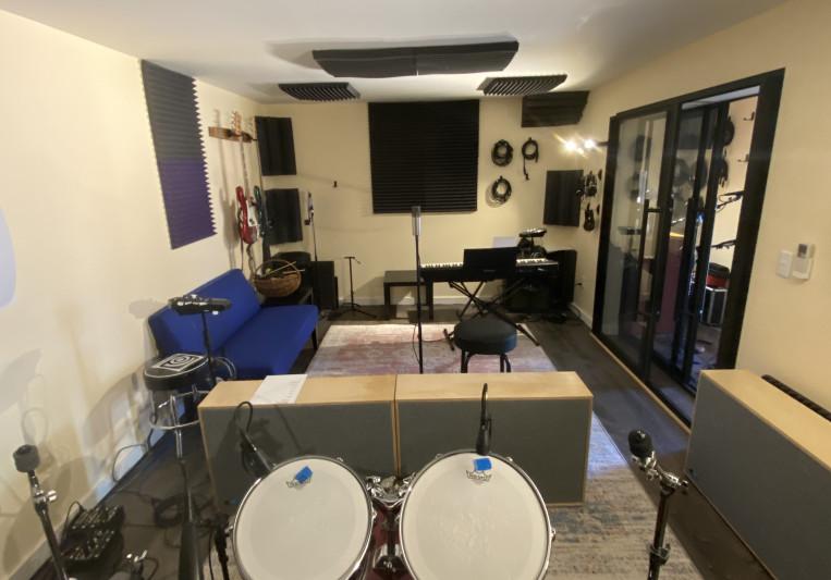 Purple Door Sound on SoundBetter