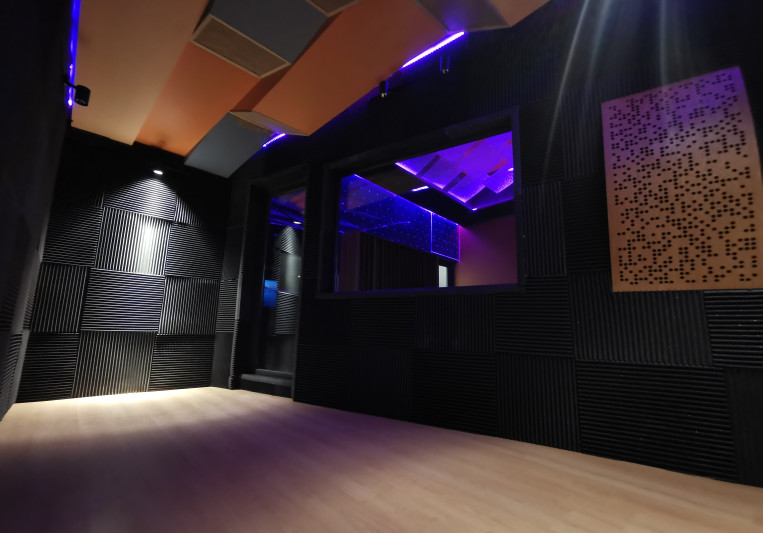 Colibri Estudios on SoundBetter