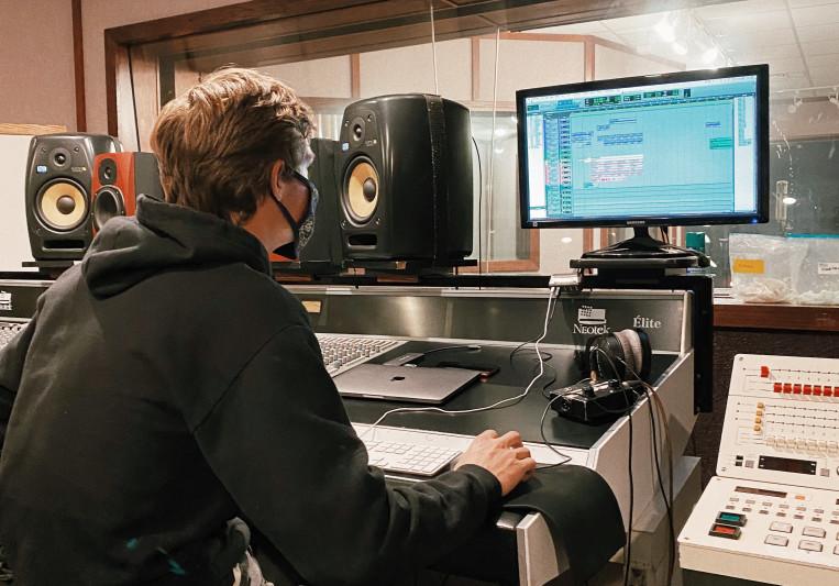 Cole Jamison Tessier on SoundBetter