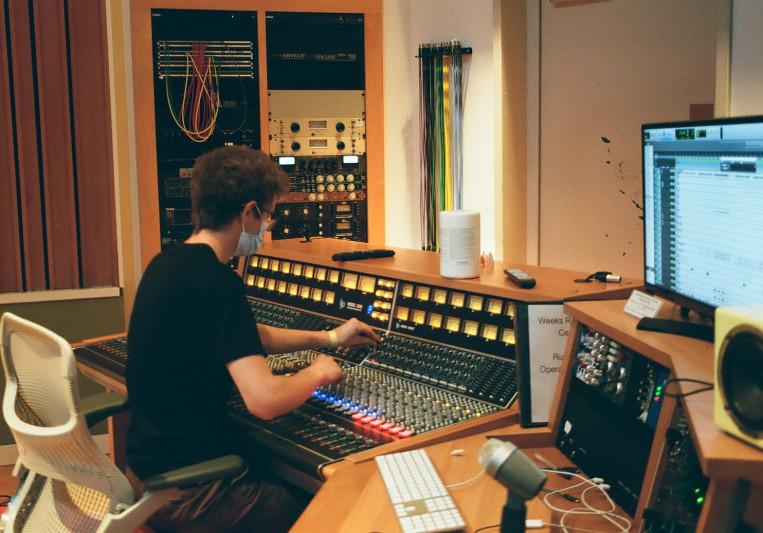 Isaac Diskin on SoundBetter