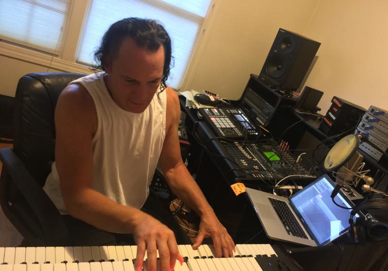 Mark Kaye aka M Fearless on SoundBetter