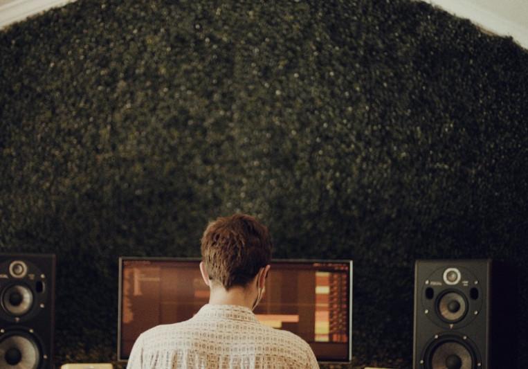 Michael Dunaief on SoundBetter