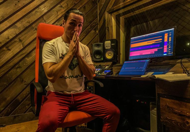 Nigel Dean - Phaser Control on SoundBetter
