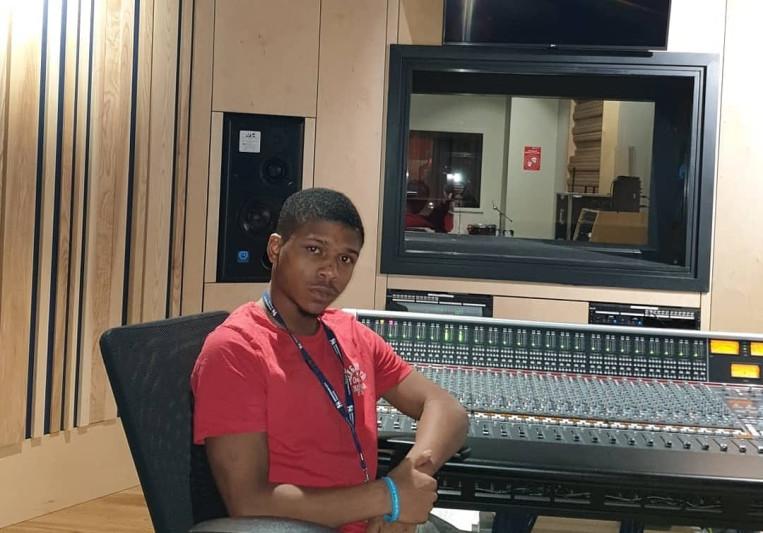 Eli Mars The Engineer on SoundBetter