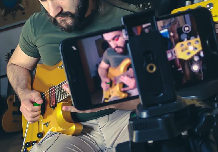 Adriano Cafagna on SoundBetter