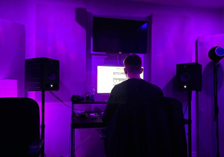 Slxde on SoundBetter