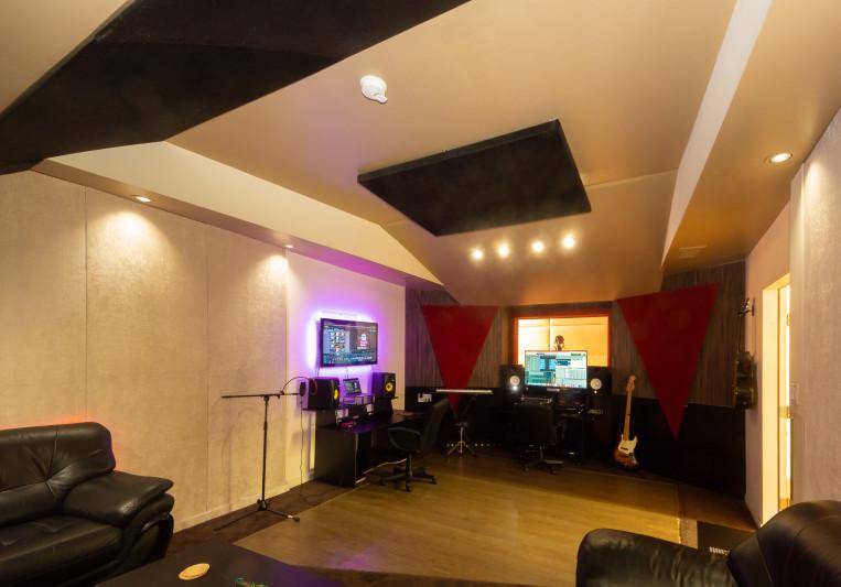 Left Method Studio on SoundBetter