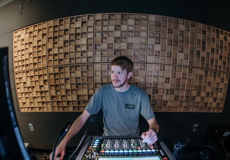 Jonathan Wilhelmi on SoundBetter