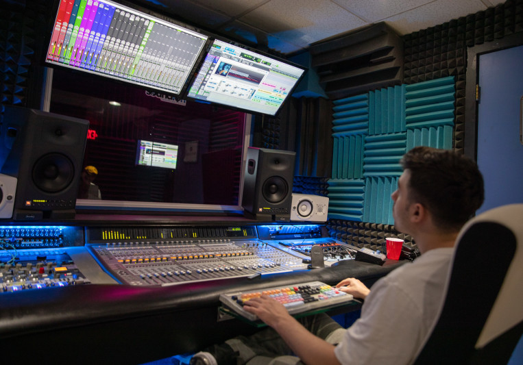 Dan Eisenbach on SoundBetter