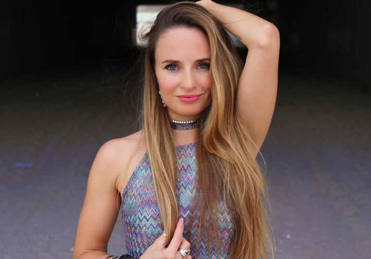 LYZZ (Lisa Dijkman) on SoundBetter