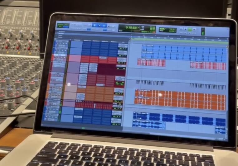 OLVR on SoundBetter