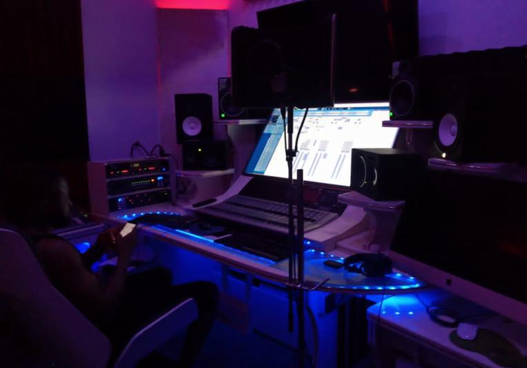 K-Play on SoundBetter