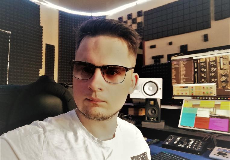 ALEXANDER MILCH on SoundBetter