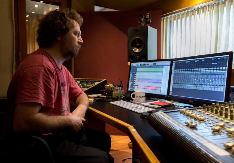 Mario Carnerero on SoundBetter