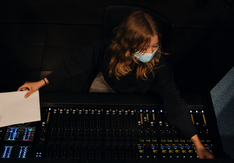 LuxeStudio on SoundBetter
